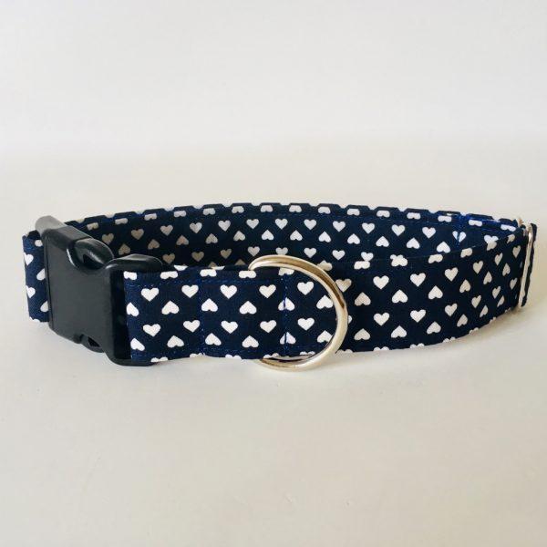 collar perro corazones azul marino 1