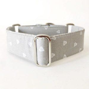 collar perro corazones gris claro FB-min