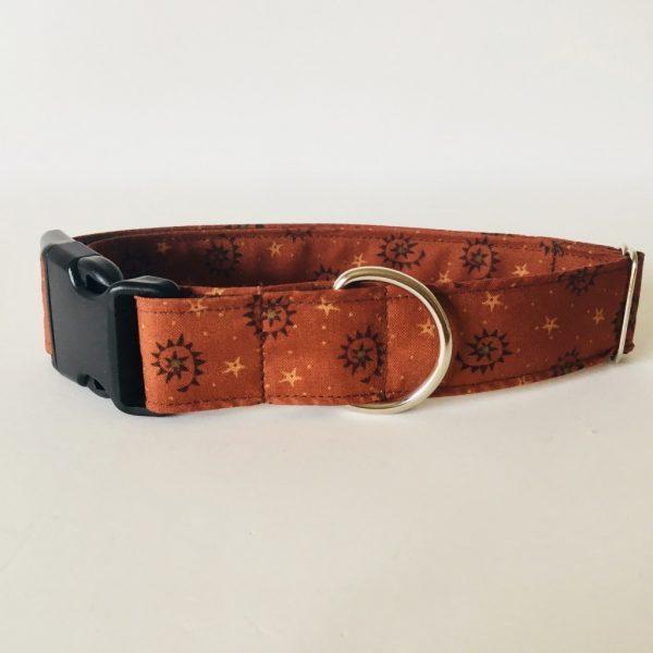 collar perro estrellas marron 3