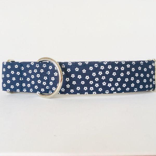 collar perro flores mini azul marino 2-min
