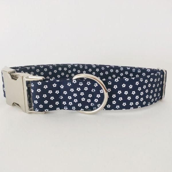 collar perro flores mini azul marino 4-min