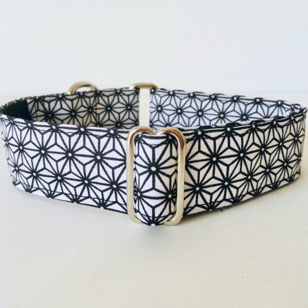collar perro japan blanco y negro 1