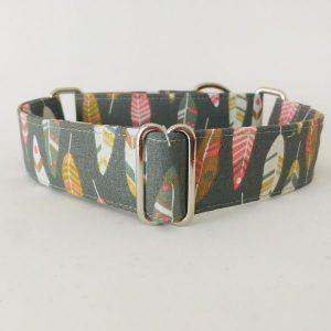 collar perro plumas de indio verdes 8-min