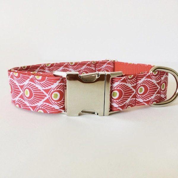 collar perro plumas rojo 2