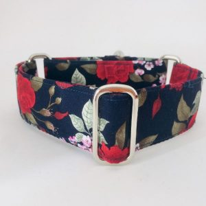 collar perro rosas 1-min