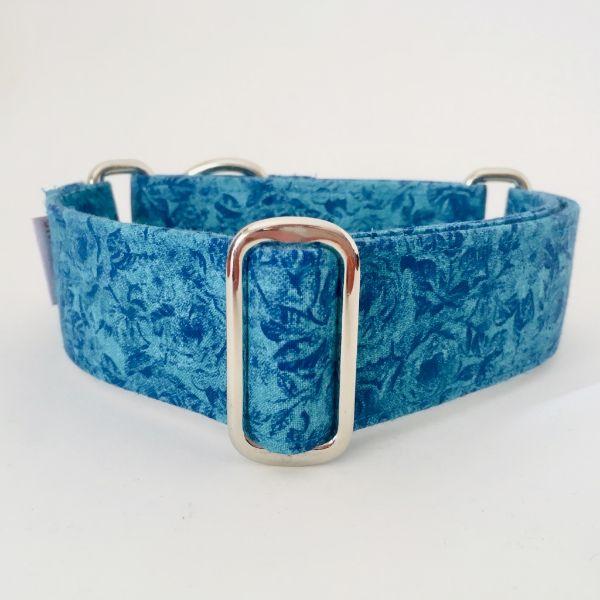 collar perro rosas azules 1-min