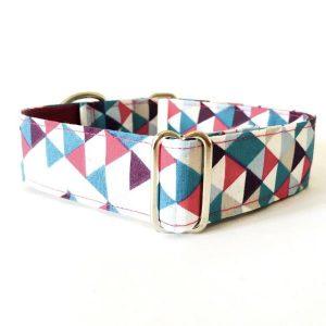 collar perro triangulos azul y fucsia FB-min
