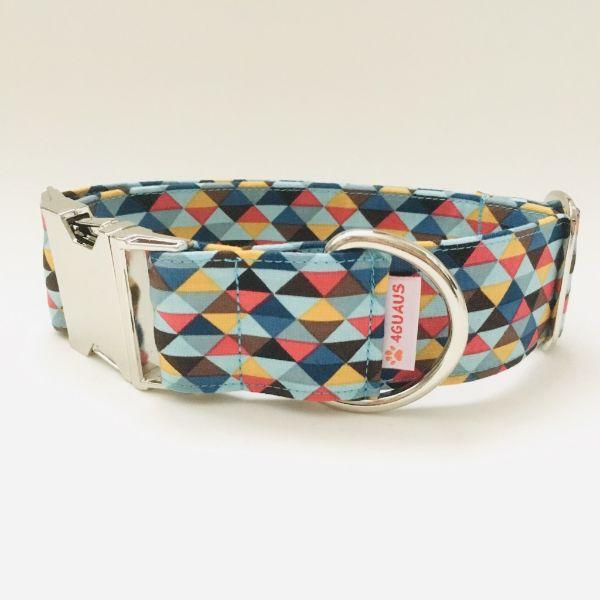 collar perro triangulos azul y rojo 4-min