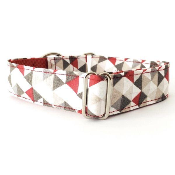 collar perro triangulos gris y rojo FB-min