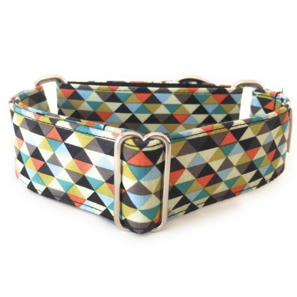 collar perro triangulos negro y naranja 1-min